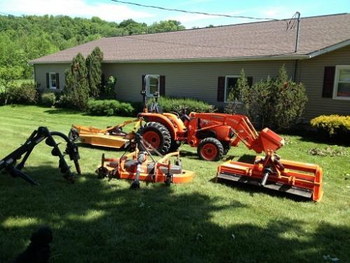 инвентар за трактори